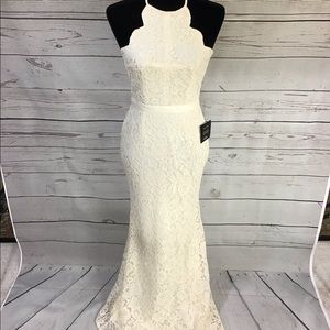 NWT Lulus lace cream gown